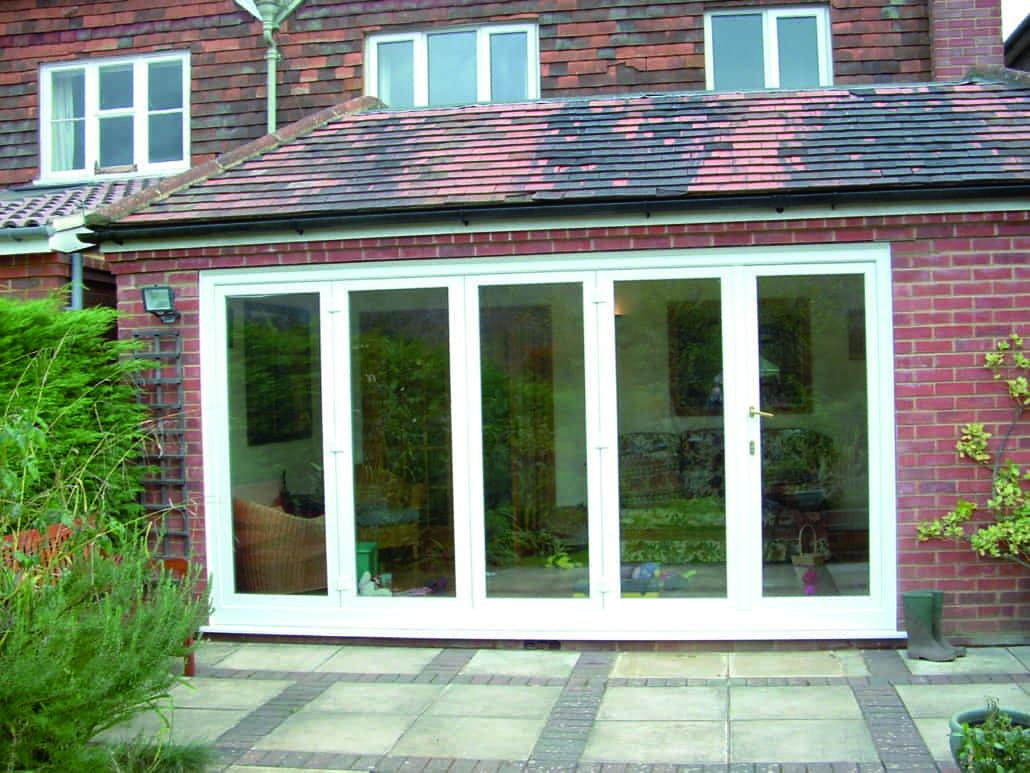 Bi fold doors folding patio doors from inspire windows for Bifold patio doors uk